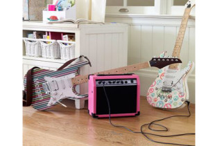 Girls Electric Guitar & Amp