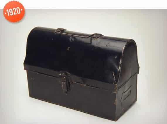 1920 Lunch box
