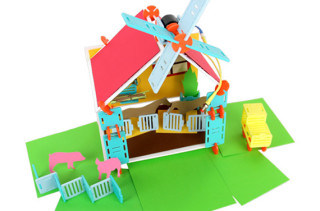 Deluxe Roominate Playhouse